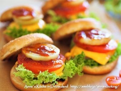 【主食】お家で手作りチーズバーガー♡ とルーマニア出張と主人の焼きそば