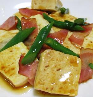 木綿豆腐とベーコンのうま炒め<照り焼き風>
