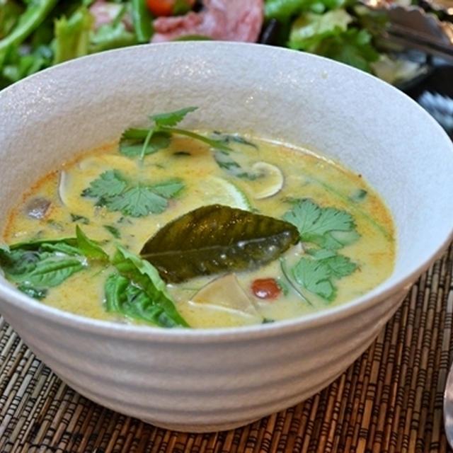 トムカー風スープ