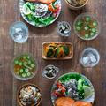 焼き鮭と炊き込みご飯のお家ごはん。