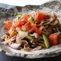 牛肉とトマトの生姜ドレッシングサラダ