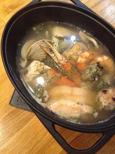ダッチオーブンでスープを作ってみる 「シーフードスープ」