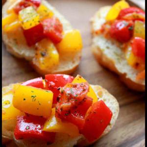 簡単でおしゃれ見え♪「夏野菜のタルティーヌ」がおもてなしにも便利!