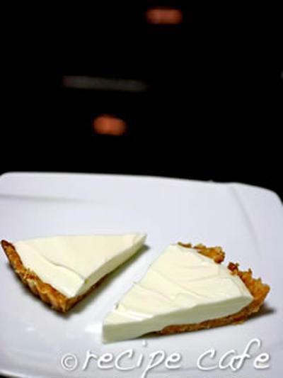 ヨーグルトで作る軽めのレアチーズケーキ