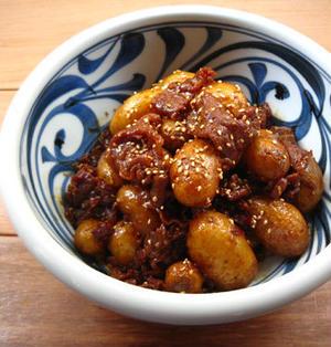 牛肉とじゃがいもの韓国風甘辛煮