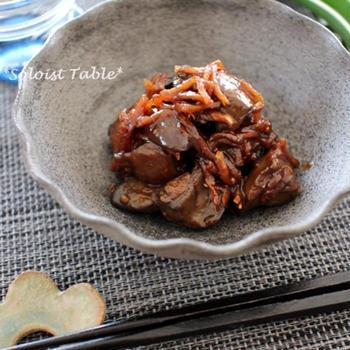 鶏モツ煮、醤油vs味噌