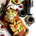 アボたまトースト ♥と♥ マツコ・デラックス 【#アボカド #たまご #トースト】ラピュタパン
