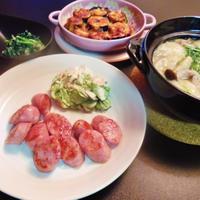 山芋団子と豚肉の鍋と茄子のムサカ風など