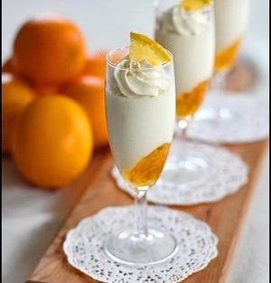 濃厚マシュマロムースとオレンジのベリーヌ