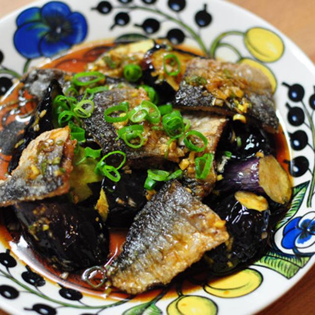 揚げ秋刀魚と茄子のカボス葱ダレ&秋刀魚のパスタ
