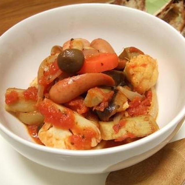 ゴロゴロ野菜のトマト煮込み