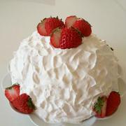 簡単!ロールケーキ生地de苺のドームケーキ♪