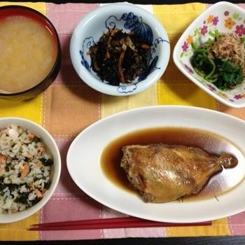 鮭とワカメの炊き込みご飯♪