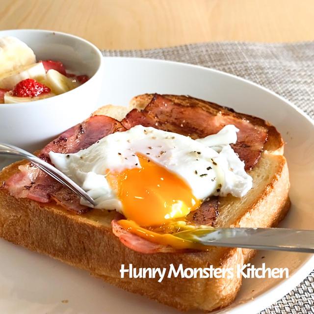 朝カフェ イギリス風朝ごはんポーチドエッグ