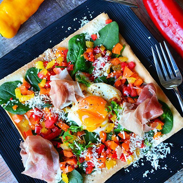 トースターで簡単!5分でパーティーメニュー 春巻きの皮とチーズミルフィーユ  生ハム、卵、カラフル野菜