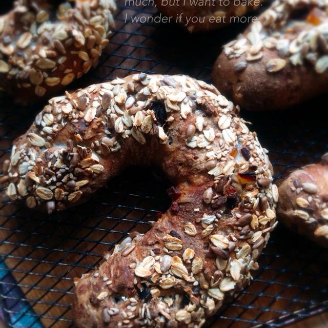 黒豆と胡桃のパン・子供弁当