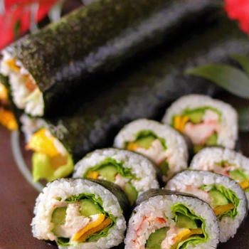 【節分に!】サラダ・海鮮巻き・焼肉(韓国風牛肉巻き)・広島菜のめはり風巻き寿司