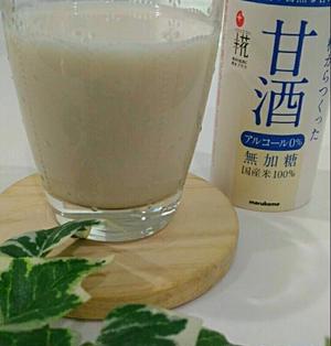 美容と健康に◎よく冷えた夏の牛乳甘酒