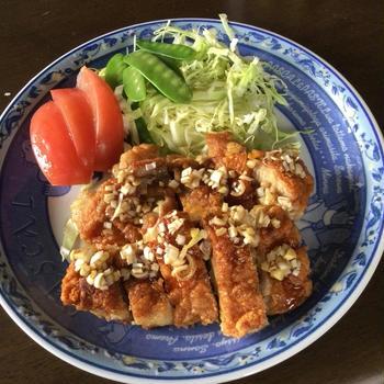 鶏モモから揚げネギソース