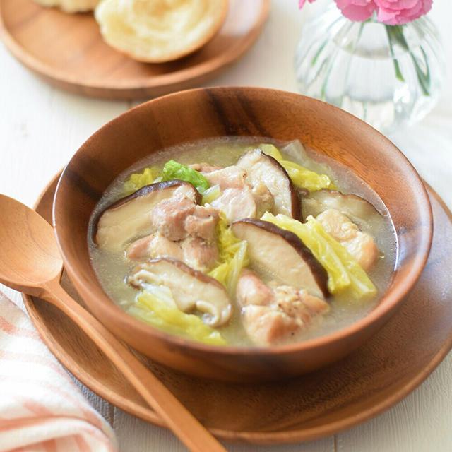 【岐阜CA】鶏肉・椎茸・白菜・カマンベールチーズの煮込みスープ♡岐阜県産『飛騨・美濃やまっこ』♪