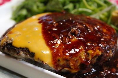 365日レシピNo.292「チーズハンバーグ」