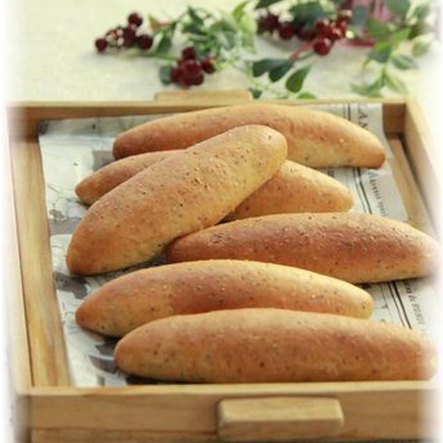粒マスタードのドックパン。