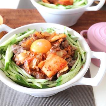 牛肉とキムチ炒め丼〜ケイトスペード