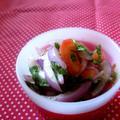 玉葱とトマトのアチャール風。