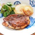 調味料は焼肉のたれだけ!豚ロース肉の簡単トンテキ。