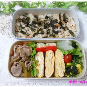 ☆酢飯と豚小間炒めのお弁当☆