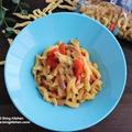 モッツァレラチーズを溶かして本格ソース!トマトとモッツァレラチーズのリーチェ