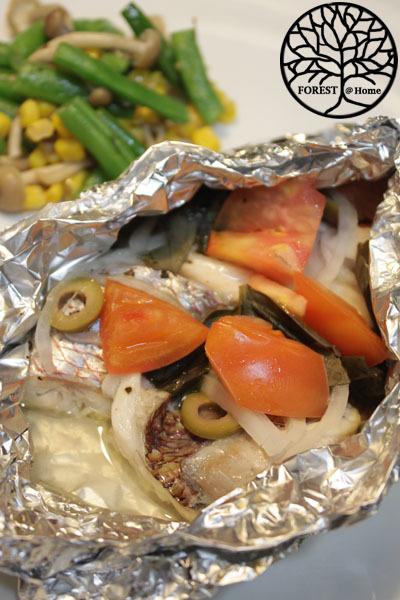土用の食卓・・・・鯛の蒸し焼き