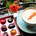 *自家製カフェラテと高級チョコで縁側お茶時間♪*