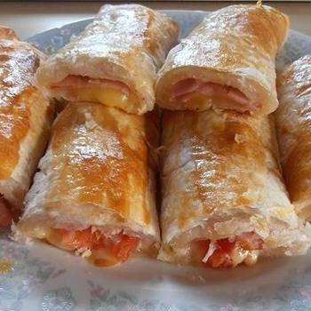 ダブルレシピ掲載のお知らせ くらしのアンテナさん チーズ蕩けるハム&チーズパイ ハムとオニオンのチーズパイ
