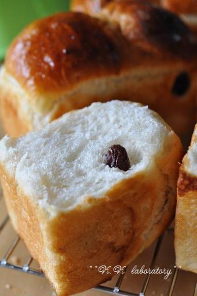 ミニ食パン型で焼く 八海山の酒粕レーズンパン