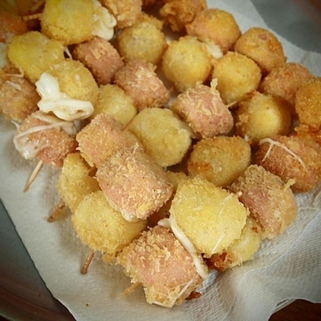 『モッツァレラチーズ と 魚肉ソーセージのプチ串揚げ』 と 星占いのこと。