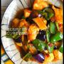 簡単 [炒め物週間☆第3弾] 鶏むね肉と茄子とピーマンのピリ辛甘酢炒め と 鬼母