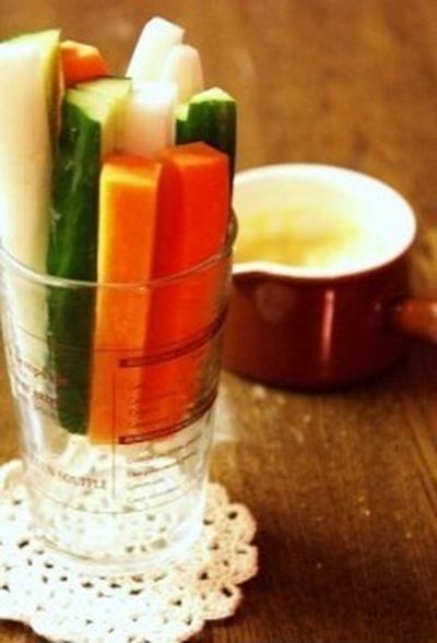 野菜で満腹*味噌マヨディップの野菜スティック