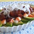 アボカドとマグロのサラダ♪と新玉ねぎとベーコンのパスタ by shioriさん