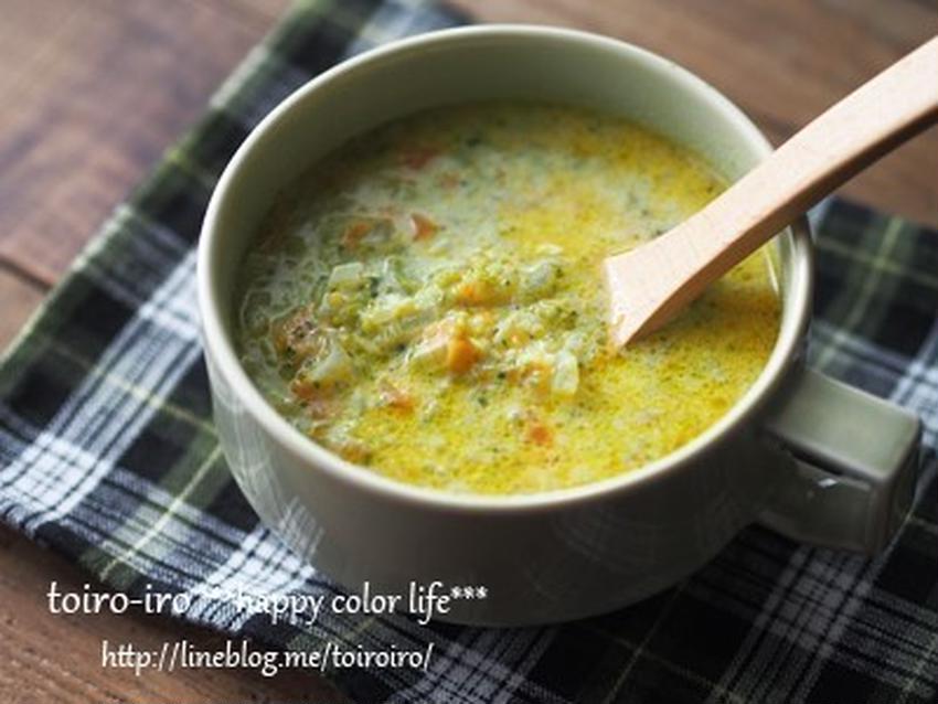 ほくほくした甘みが◎♪色鮮やかなブロッコリーのスープ