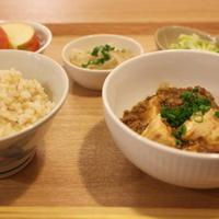 麻婆豆腐/ポークケチャップ/かれいの煮付け