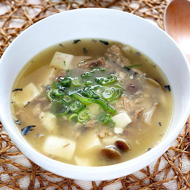 サバ缶と豆腐のとろろ昆布スープ【簡単低糖質でダイエットにも】 レシピ・作り方