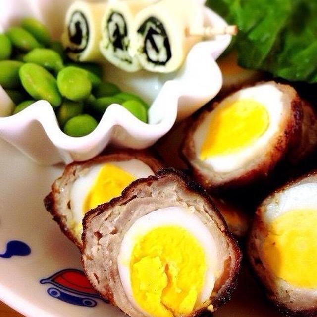 うずらの卵の肉巻きスコッチエッグ/海苔巻きチーズと胡麻おかかおにぎり