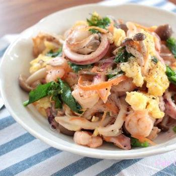 シーフードとふわふわ卵☆春の塩チャプチェ