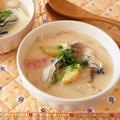 具たっぷりの食べるスープ。牡蠣とエリンギの豆乳チャウダー。