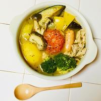 お野菜たっぷり食べましょう♪チーズカレー鍋♡