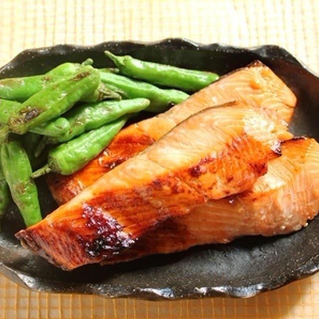 鮭とシシトウの味噌漬け焼き