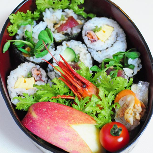 2月4日 月曜日 巻き寿司2種