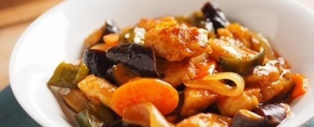 色んなお肉で作ってOK!甘酢あんが美味しい「酢豚風」レシピ