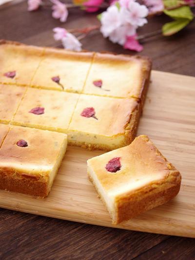 ホットケーキミックスで簡単&本格♪桜のチーズケーキ